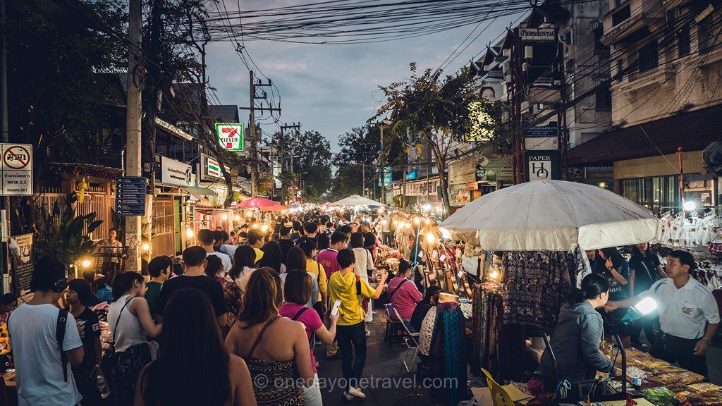 Chiang Mai sunday market marché dimanche