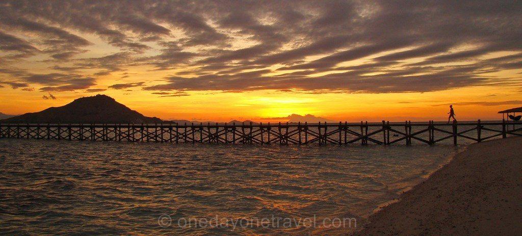 coucher de soleil Kanawa Indonésie 01