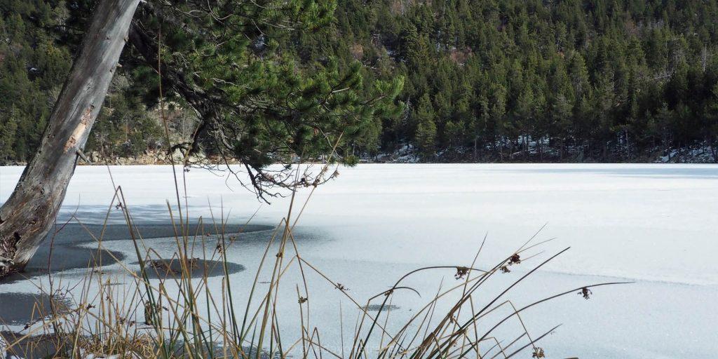 lac balcere plongee sous glace pyrenees catalanes