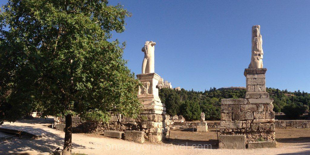 Visiter Athènes Agora Statue