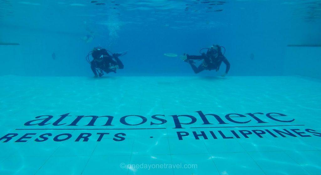 Atmosphere resort initiation plongée bouteilles piscine