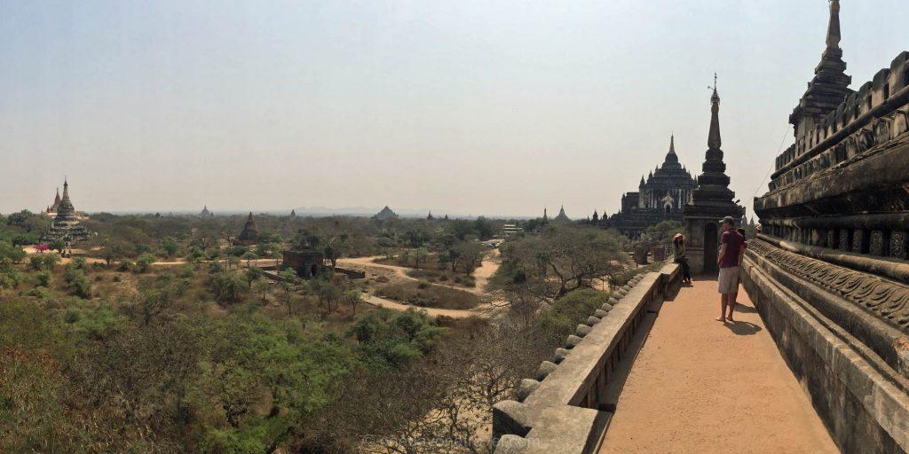 Bagan en haut du temple