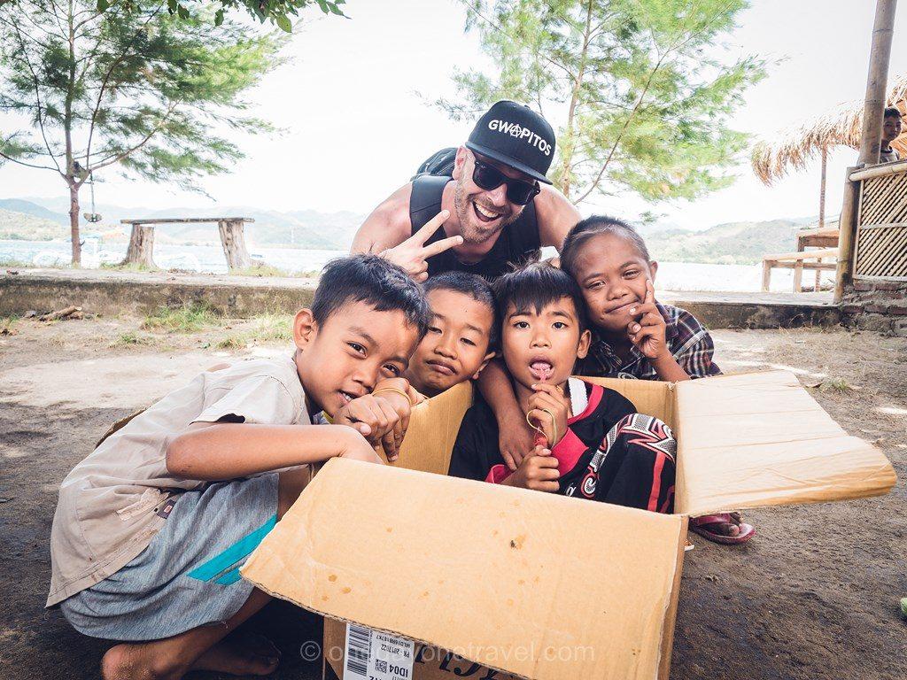 Gili Asahan sourire enfants