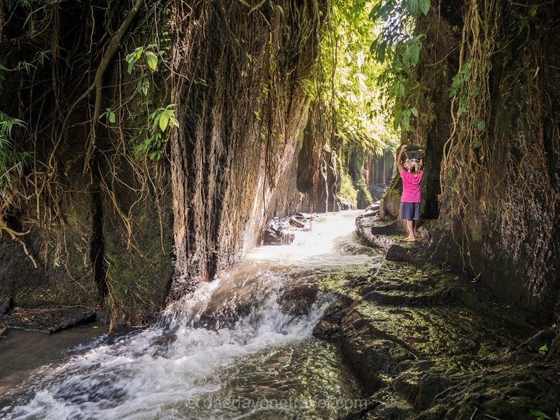 Voyager à Bali Indonésie rivière