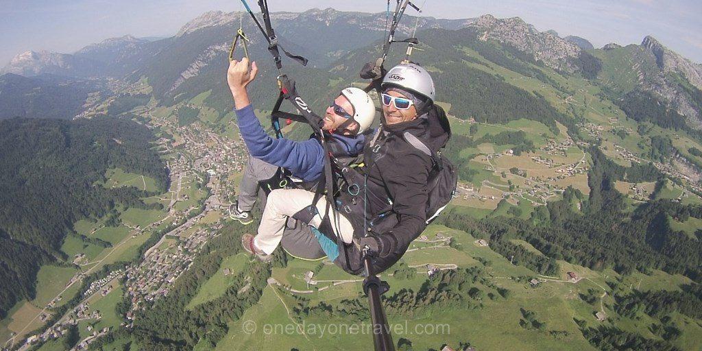 Bapteme parapente Grand Bornand Alpes