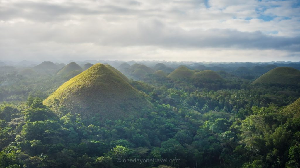 Chocolate Hills Bohol Loboc