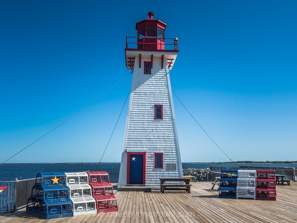 Caraquet Nouveau Brunswick Canada phare coloré