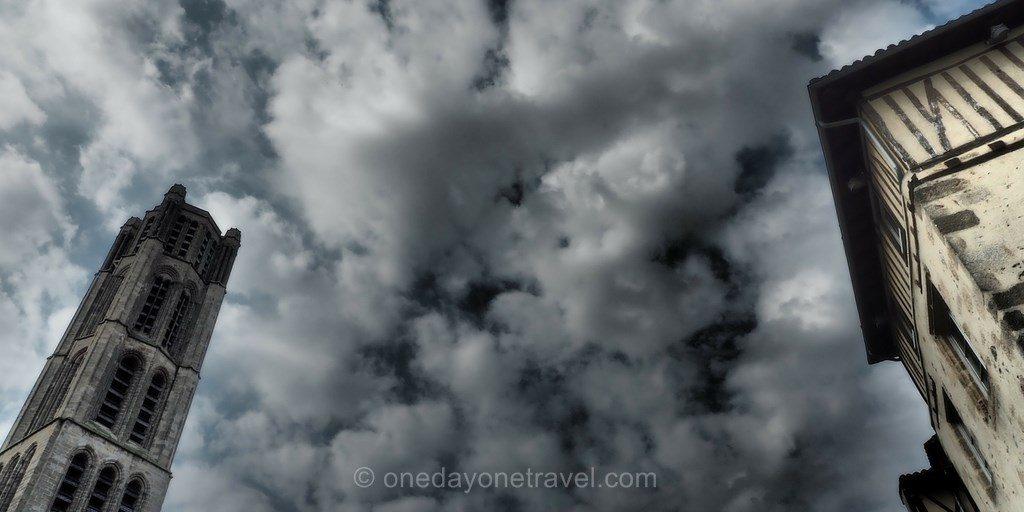 Ciel nuage eglise Limoges Limousin