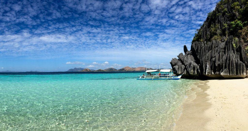 Island Hopping plage paradisiaque