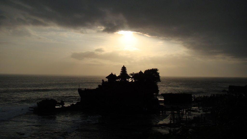 Coucher de soleil Tanah Lot Bali Indonésie