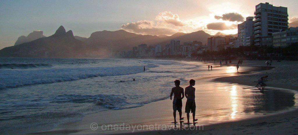 Destination de rêve Coucher de soleil Ipanema Rio Brésil