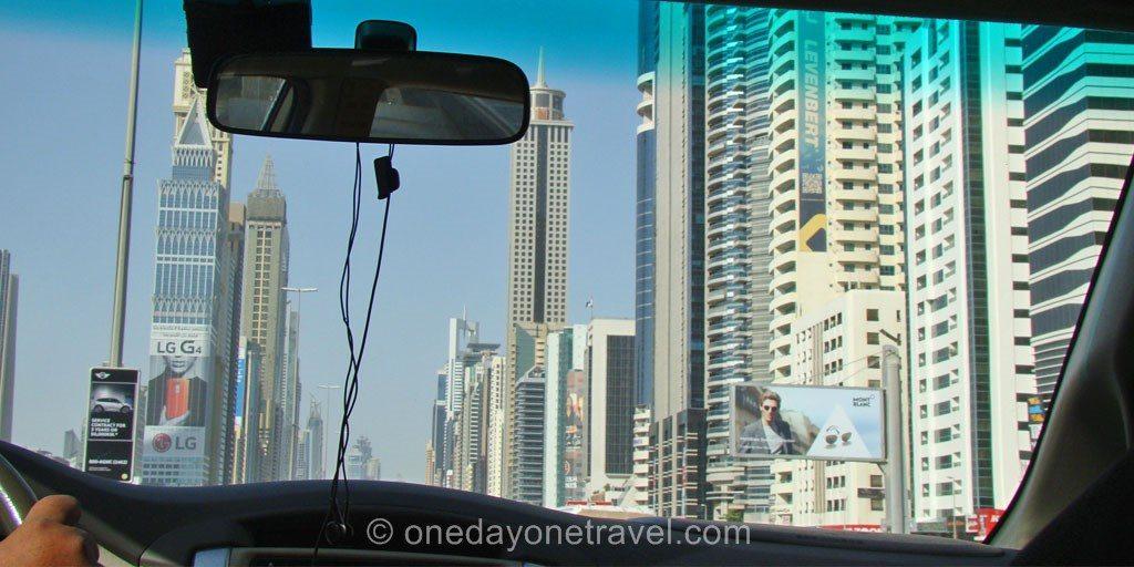 Escale à Dubai taxi