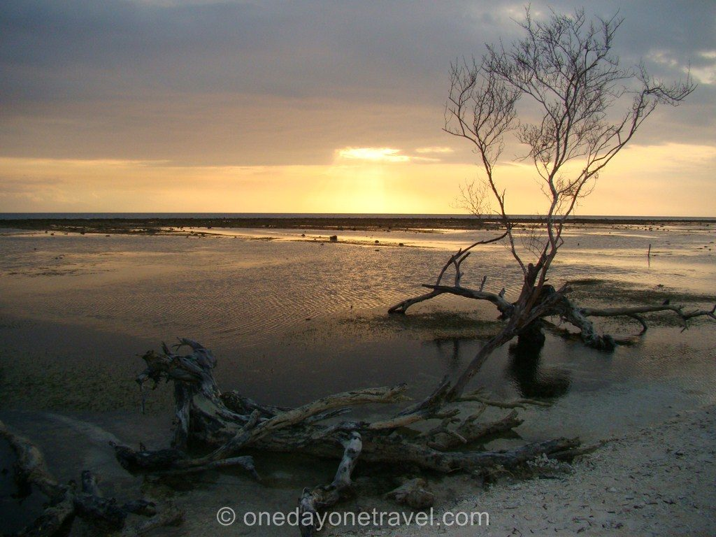 Gili Trawangan plage coucher soleil 1