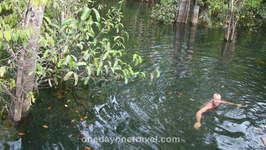 Jamaraqua Tapajos Amazone baignade Richard