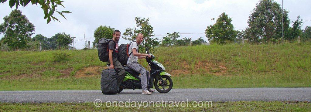 Khao Yai Franck Richard scooter