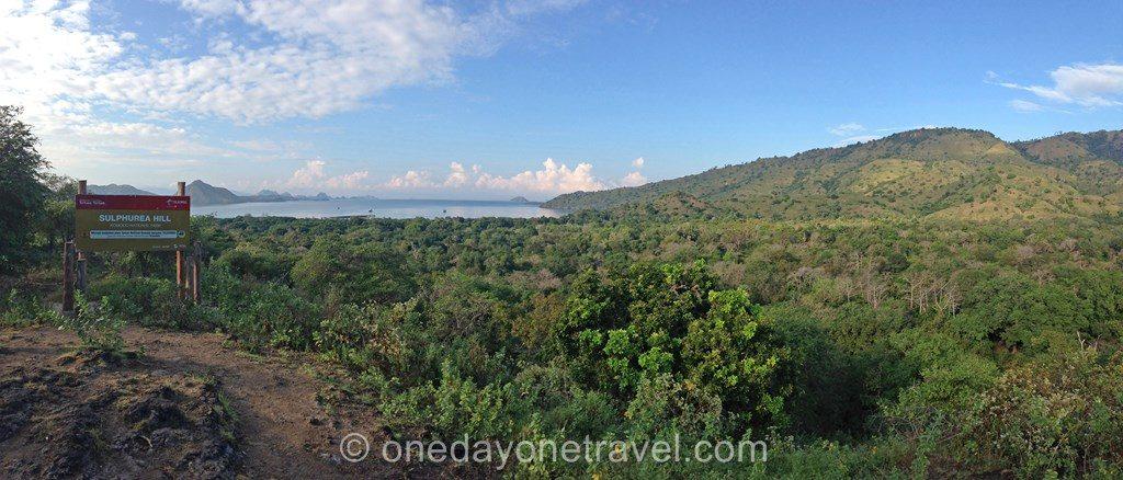 Komodo island Flores Indonésie vue