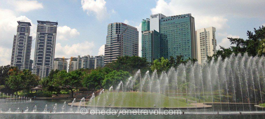 Kuala Lumpur traders fontaine