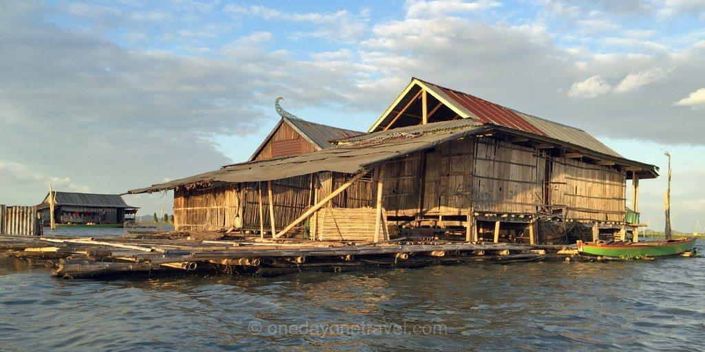 Lac Tempe maison flottante Sulawesi Célèbes blog voyage