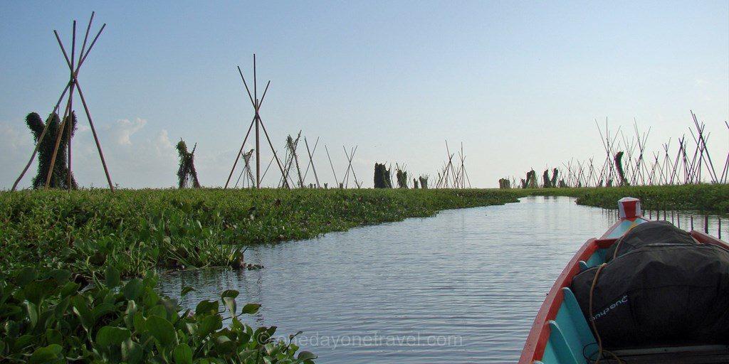 Lac Tempe pirogue