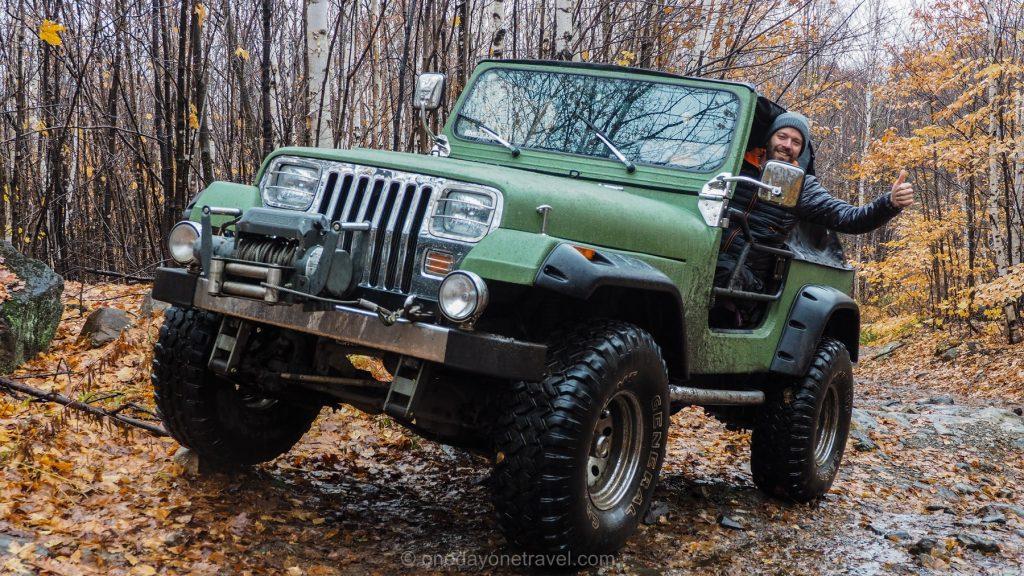 Lanrentides jeep forêt Blog Voyage OneDayOneTravel Richard
