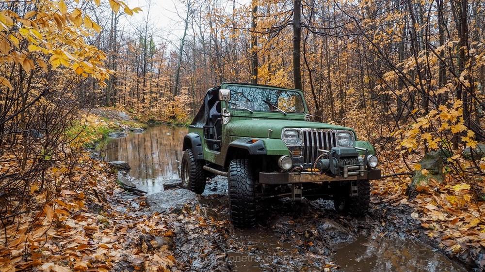 Visiter les Laurentides -Jeep hors route