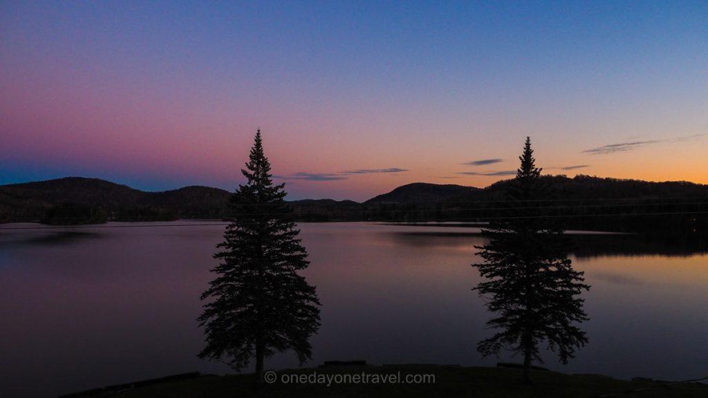 Visiter les Laurentides sunset lac Québec