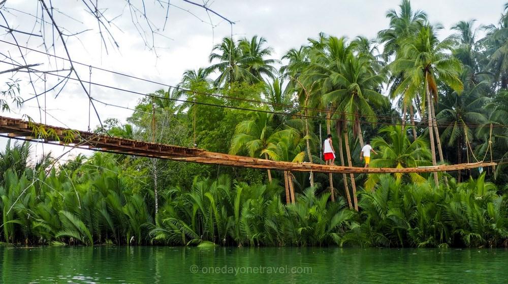 Loboc river pont Bohol Philippines