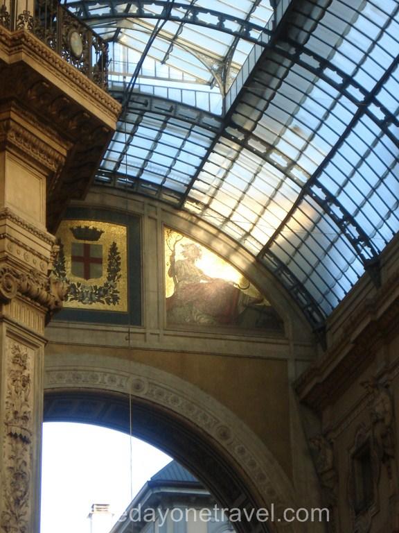 Milan Dome jeu de lumière