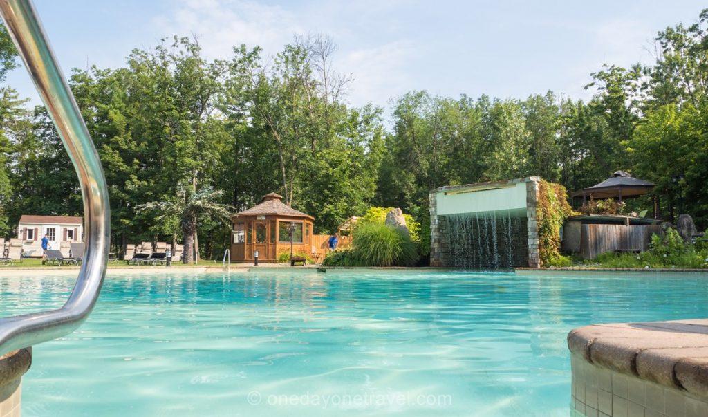 Oasis Laurentides piscine