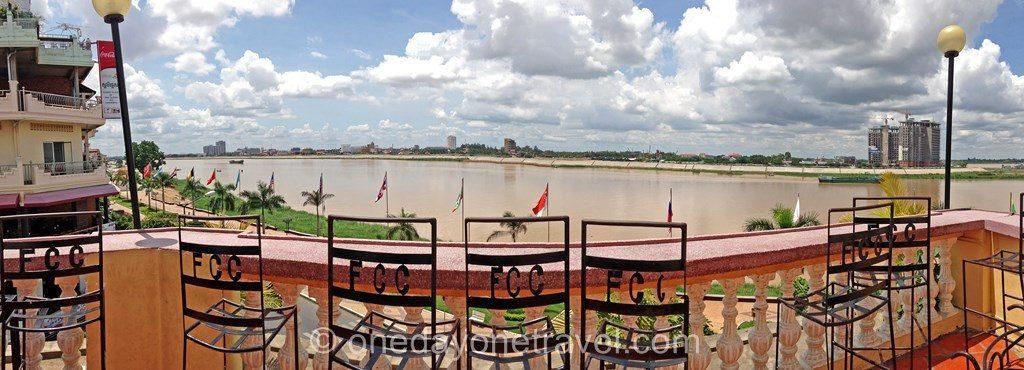 Phnom Penh Bord de fleuve Cambodge