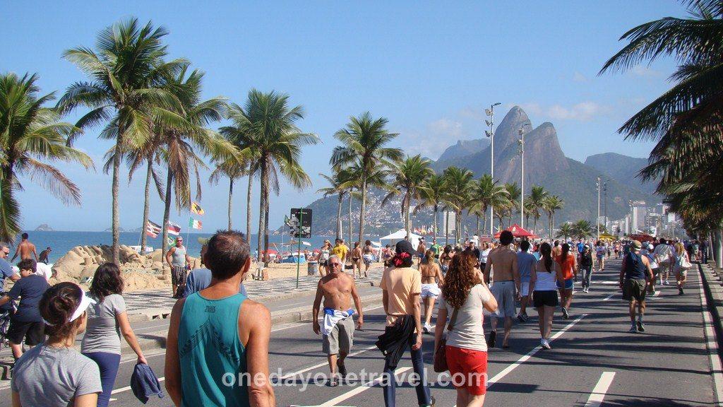 Rio de Janeiro Ipanema plage rue