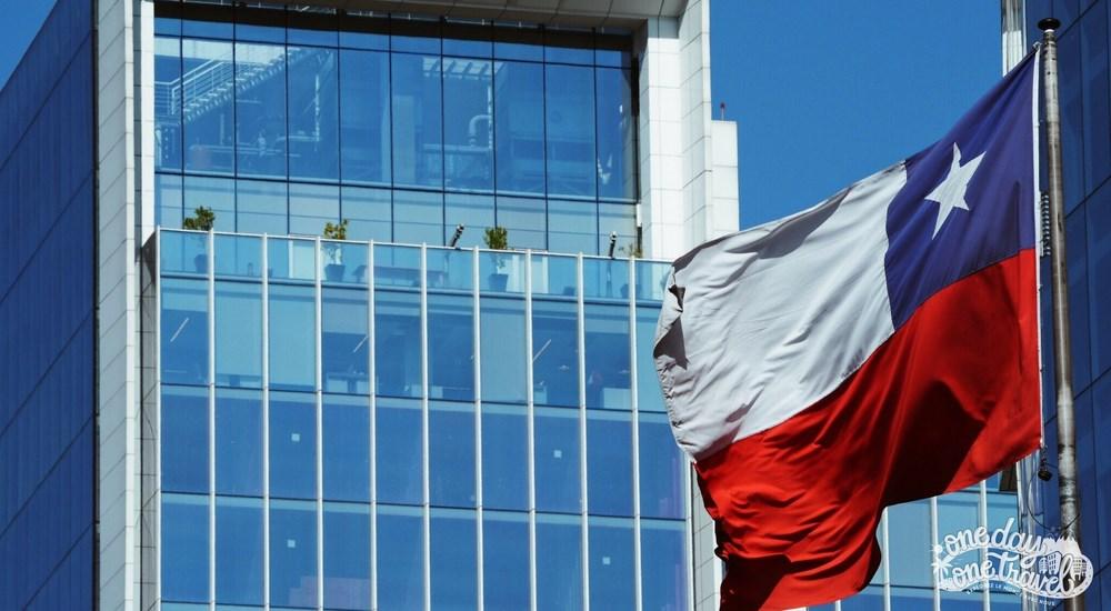 Santiago du chili blog voyage drapeau chilien