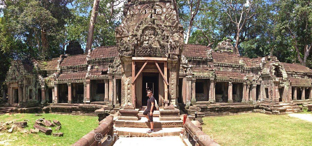 Ta prohm Angkor temple Franck