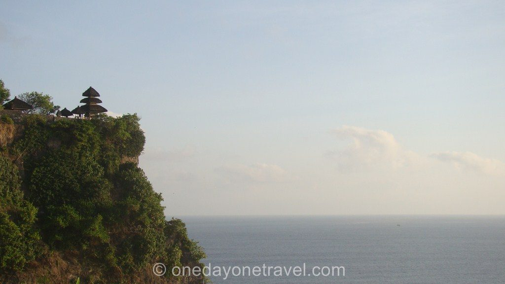 Uluwatu Temple Bali Indonésie Surf Blog Voyage OneDayOneTravel