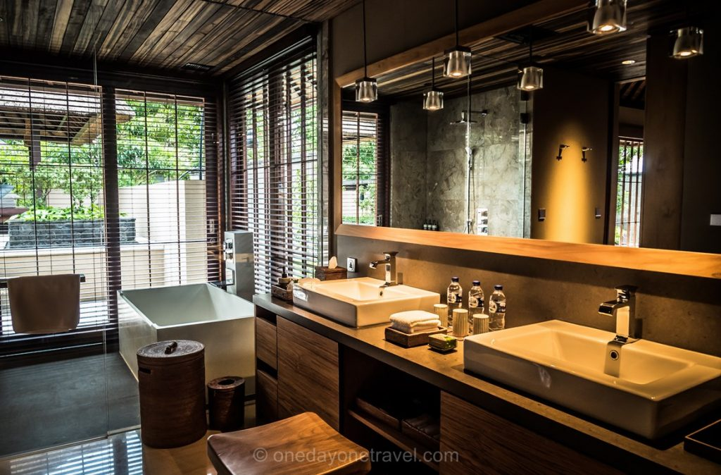 Salle de bain à l'Hoshinoya resort Ubud