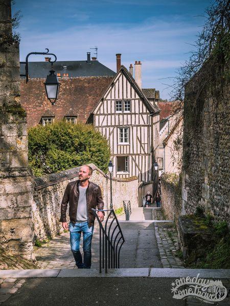 Visiter Chartres Richard escalier