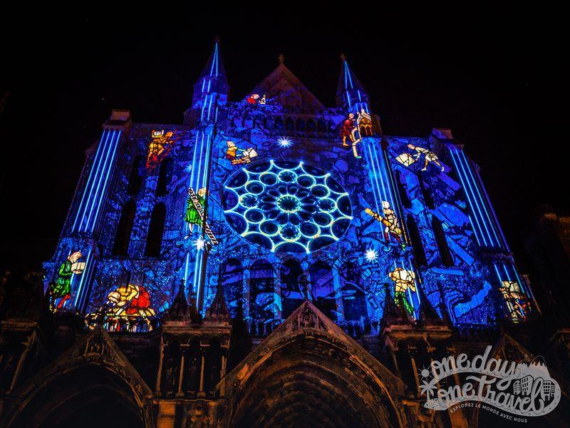 Visiter Chartres cathédrale nuit lumière