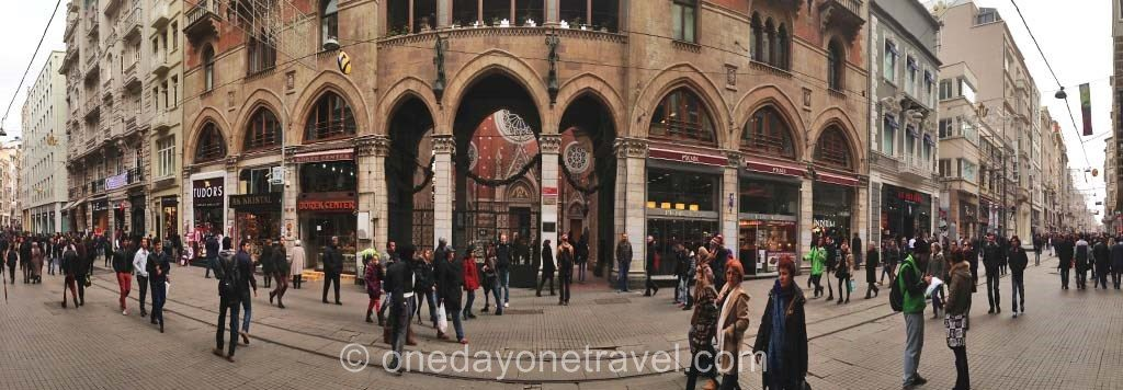Visiter Istanbul Place Taksim rue Istiklal