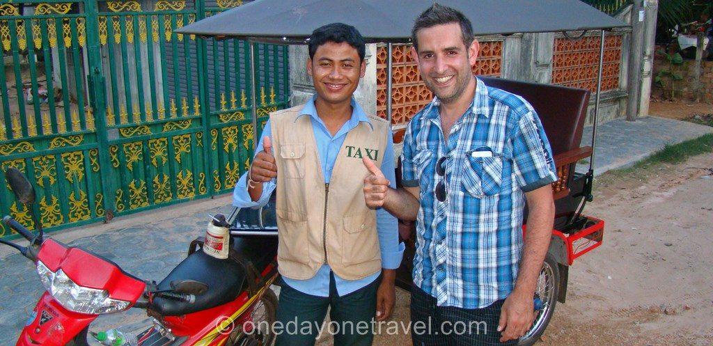 Visiter les temples Angkor tuk tuk
