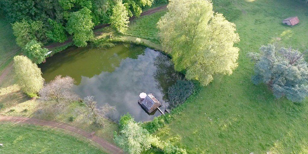 cabane lacustre ettevaux bourgogne drone