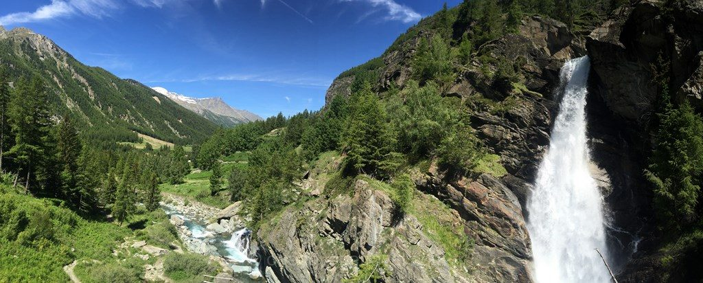 cascade aoste montagne Alpes
