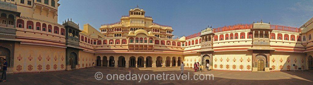 city palace jaipur rajasthan 04