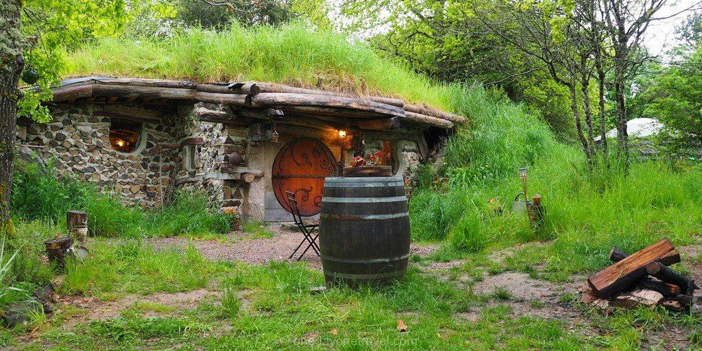 maison hobbit domaine pierre ronde morvan