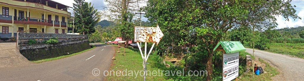 route village traditionnel moni flores
