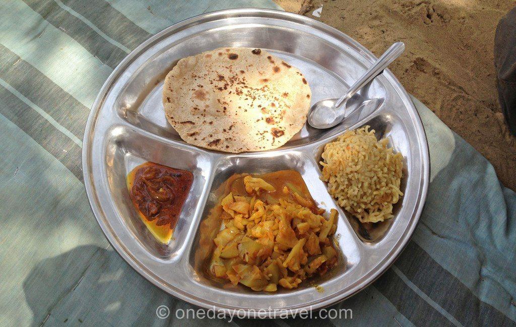 thali dans le desert Inde Rajasthan