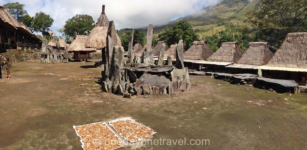 village traditionnel Bena Bajawa