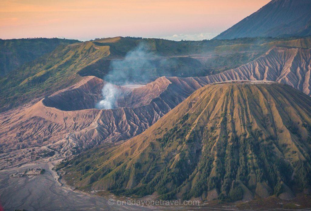 volcans de java sunrise bromo