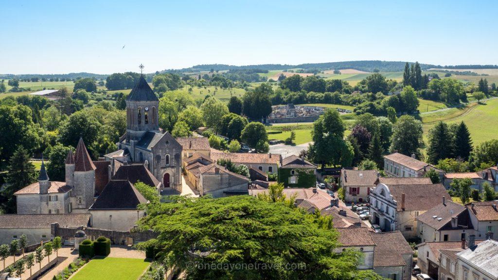 Château de Bourdeilles Dordogne village