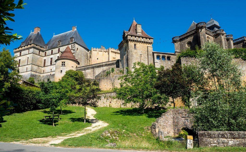 château de Biron Dordogne