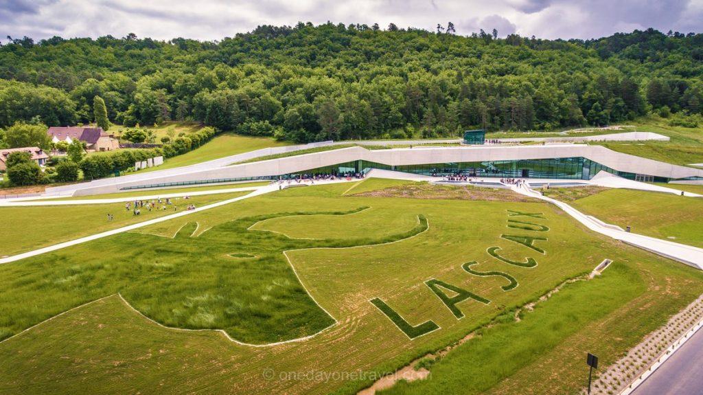 Lascaux 4 Dordogne drone